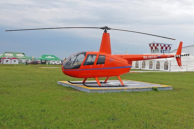 Robinson R-44 DSC03892ф+