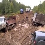 На все разбитые дороги в Коми  денег явно не хватит