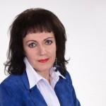 Печорский депутат Наталья Низовцева  получила право носить холодное оружие