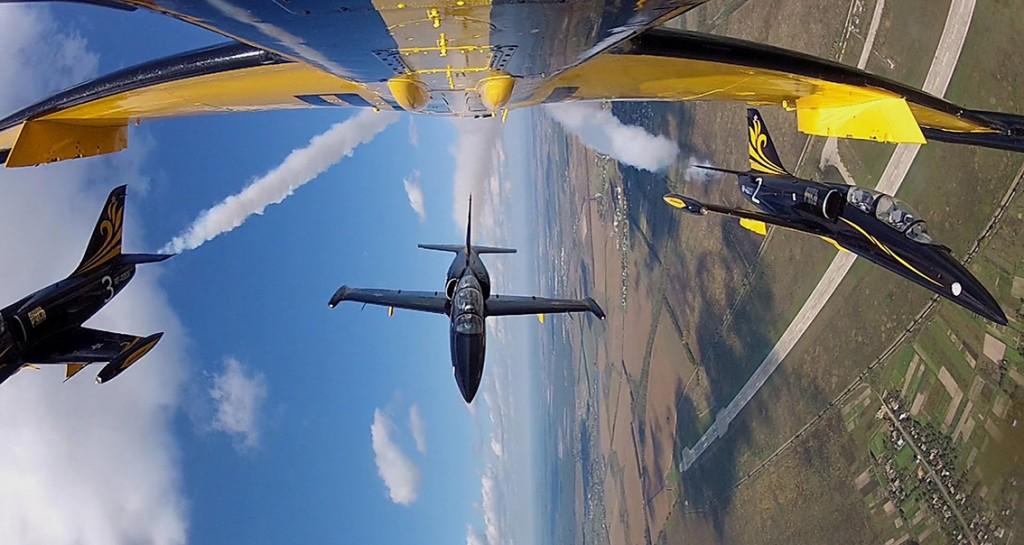 25-let-v-nebe-pilotazhnaja-gruppa-rus