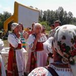 Сибиряков заставили плясать под коми дудку