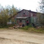 Дом разрушается, жильцы бьют тревогу,  чиновники отписываются