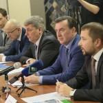 Лукойловцы рассказали о производстве, автозаправочном  сервисе, ценах на бензин и о своих социальных...