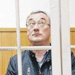 Успеет ли Вячеслав Гайзер осилить 460 томов?