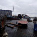 Жители усинской глубинки в панике спасаются на чердаках