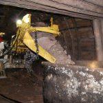 Авария на шахте: куски породы обрушились на проходчиков