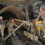 Добыча угля снизилась почти на четверть