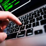 Юный хакер заставил взрослых задуматься  о защите электронных дневников